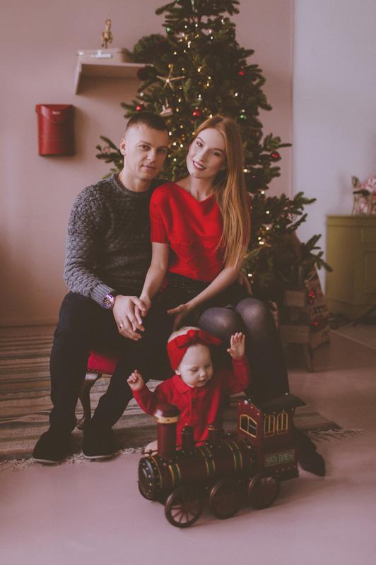 Семейная фотосессия Юра, Вика и Альбина 21